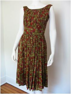 Vintage 1950's Francis Foster Printed Vintage Cotton Dress