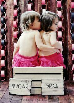 Valentine photo, twins, mini session idea,  paperchains