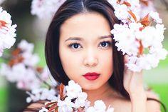 Miss Sakura: Spring Fashion photoshoot in Regent's park, London Cherry Blossom Pictures, Sakura Cherry Blossom, Cherry Blossoms, Spring Photography, Lifestyle Photography, Photography Poses, Fashion Photography, Park 24, Professional Portrait