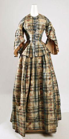 1850s dress w/o a crinoline underneath.