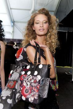 Desigual Saint Tropez Su Bags 82 Immagini Pinterest Fantastiche In nqB4B6
