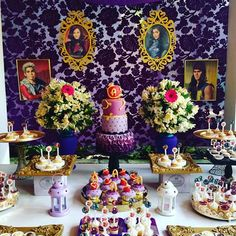 Descendants party #mesa #mesadedoces #mesaprincipal #party #partyideas #ideias #decoracion #eventos #eventospartycenter #descendants #descendientes #candybar #encontrandoideias #torta #postres #disney