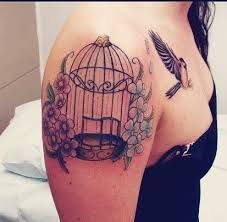 Google Image Result for http://img.fancytattooideas.com/uploads/201404/28/be/beautiful%2520shoulder%2520watercolor%2520tattoo%2520of%2520bir...