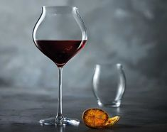 Chef&Sommelier - Créateur d'expériences Sommelier, Red Wine, Alcoholic Drinks, Beer, Glass, Wine Glass, New Kitchen, Root Beer, Ale