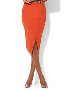The playful hemline on this orange skirt from New York and Company has us planning outfits already.