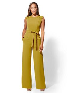 Avenue - Button-Accent Jumpsuit - New York & Company Girly Outfits, Classy Outfits, Stylish Outfits, Cute Fall Outfits, Jumpsuit Dressy, Jumpsuit Outfit, Chambray Jumpsuit, Cute Clothing Stores, Mode Chanel