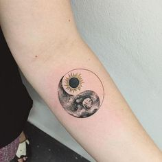 Sun and Moon Yin and Yeng matching tattoo. - Sun and Moon Yin and Yeng matching tattoo. Moon Sun Tattoo, Sun Tattoos, Couple Tattoos, Body Art Tattoos, I Tattoo, Tattoos For Guys, Tatoos, Truth Tattoo, Flash Tattoos