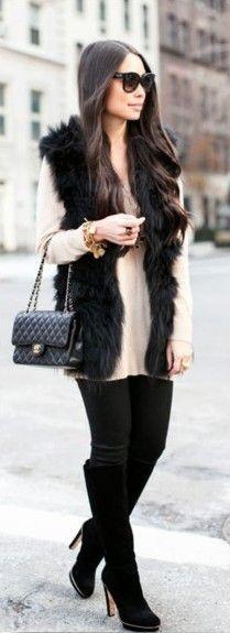 5 Must Have Vests for Fall | Faux Fur Vest http://effortlesstyle.com/5-must-have-vests-for-fall/