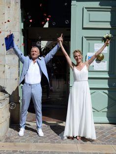 Robe de mariée fluide, légère et élégante, mariage juillet 2020 Glamour, Bustier, White Dress, Boutique, Rose, Dresses, Fashion, Princess Bride Dress, Slit Wedding Dress
