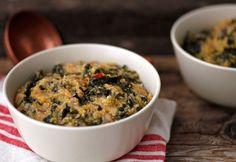 Polenta kelkáposztával One Pot Meals, Polenta, Food Inspiration, Chili, Oatmeal, Paleo, Healthy Eating, Dishes, Vegetables