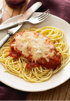 Chicken Breasts Parmesan – Chicken breasts get a crispy coating of Parmesan and breadcrumbs and pair with zesty marinara in this homey version of an Italian pasta classic.