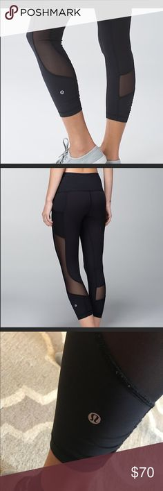 """Lululemon Seek The Heat Leggings Worn once // perfect condition // black mesh up the side of the leg, has pockets // 25"""" inseam // girl wearing is 5'5 // sweat wicking, luxtreme material Pants Leggings"""