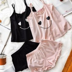 Image about love in Clothes 👖👚👘 by M o O n ☾ on We Heart It Cute Lazy Outfits, Trendy Outfits, Summer Outfits, Cute Pajama Sets, Cute Pajamas, Teen Fashion Outfits, Outfits For Teens, Cute Sleepwear, Loungewear
