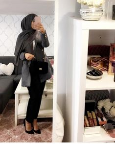 "2,608 Likes, 3 Comments - hijab style icon (@hijabstyleicon) on Instagram: ""@inspirationofahijaaabi ~~~~~~~~~~~~~~~~~~ FOLLOW @hijabstyleicon #tesettur#hijabfashion…"""