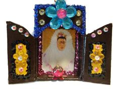 Frida Kahlo Matchbox Nicho//Shrine//Muertos by CherryPicks on Etsy https://www.etsy.com/listing/249802071/frida-kahlo-matchbox-nichoshrinemuertos