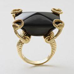 GUCCI, Large onyx horsebit ring18-karat yellow gold