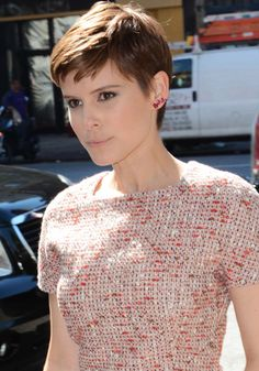 Kate Mara Shares Her Dad Hates Her Hair, Spends an Afternoon Around New York in Dior Wedges
