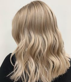 #blondehairstyles #blondehighlights #haircolor Blonde Highlights, Blondies, Blonde Hair, Hair Color, Long Hair Styles, Beauty, Blonde Chunks, Haircolor, Blond Highlights