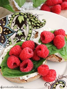 Raspberry & Basil English Muffin - 4 ingredients to a healthy breakfast! @produceforkids