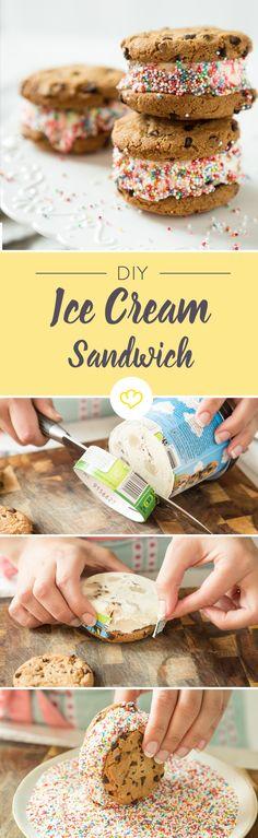 Einfach mal wieder Kind sein und mit dem Essen spielen: Keks, Eis, noch ein Keks, kunterbunte Streusel drauf und reingehauen!