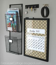 DIY Command Center Ideas to Keep Your Family More Organized I love the wire baskets that she used for this family command center!I love the wire baskets that she used for this family command center! Command Center Kitchen, Family Command Center, Command Centers, Organization Station, Diy Organization, Organizing Ideas, Home Office Decor, Diy Home Decor, Office Ideas