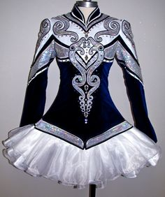 Prime Dress Designs is a lead producer of Irish Dance Dresses. We speicialize in team costumes and offer a simple solo dress option. Celtic Dance, Celtic Dress, Irish Step Dancing, Irish Dance, Latin Dance, Dance Outfits, Dance Dresses, Skating Dresses, Dance Costumes