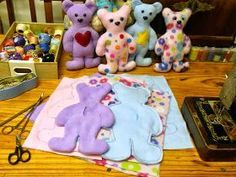 Here's a very simple and quick to sew teddy bear softie for you to make. Let's have a look at how to do it: Make a sturdy template f...