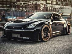 Batman's Daily Driver Should Be This Liberty Walk Nissan GT-R