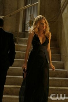 """""""THERE MIGHT BE BLOOD""""  PICTURED: BLAKE LIVELY AS SERENA  PHOTO CREDIT:  GIOVANNI RUFINO/THE CW  ©2008 THE CW NETWORK, ALL RIGHTS RESERVED"""