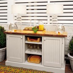 Sweeter Homes: Five Star Deck Dining Makeover Outdoor Buffet Tables, Outdoor Dining, Deck Makeover, Serving Table, Serving Trays, Buffet Cabinet, Deck Decorating, Outdoor Rooms, Outdoor Ideas