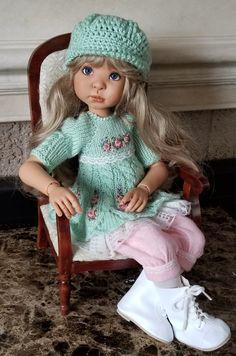 Vintage Dolls, Beautiful Dolls, Cowboy Hats, Doll Clothes, Crochet Hats, Handmade, Fashion, Baby Dolls, Cute
