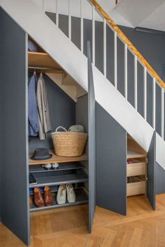 35 Awesome Storage Design Ideas Under Stairs Home Stairs Design, Home Design, Home Interior Design, Design Ideas, Bar Designs, Kitchen Interior, Interior Architecture, Space Under Stairs, Under Stairs Cupboard