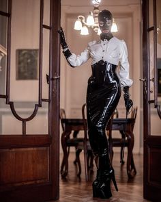 Madmoiselle Jou by The Alt Project Latex Girls, Masquerade, Leather Pants, Photoshoot, Rev 1, Womens Fashion, How To Wear, Clothes, Respect