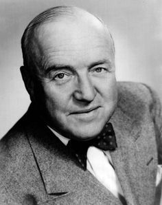 William Frawley was most famous for portraying the memorable Fred Mertz on I Love Lucy. Frawley died very publicly, dropping dead from a heart attack while walking home from a movie on March I Love Lucy Show, My Love, Classic Hollywood, Old Hollywood, William Frawley, Vivian Vance, Lucy And Ricky, Lucy Lucy, Actor Secundario