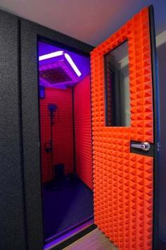 MDL 4848 S Tony Tang Productions - MDL 4848 S with optional 26 x 36 Wall Window, EFS, VSS, IEP Floor and Orange Foam Love the light and the Orange foam. #Vo #Modern #VoiceOver