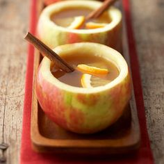"""Hot Spiced Cider """"mugs."""" Fill mug with warm cider. Add a cinammon stick. Click through to site to find complete recipe for the warm cider and the apple cups. Fun Drinks, Yummy Drinks, Yummy Food, Tasty, Think Food, Love Food, Fall Recipes, Holiday Recipes, Apple Recipes"""