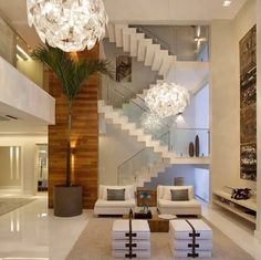 Shining porcelanato floors with great illumination, perfect match!!! ✨✨