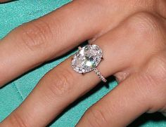Julianne Hough's engagement ring