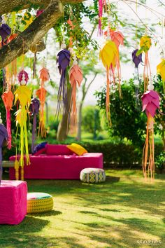 Planning to do your own mehendi decor? Then this post on mehendi decor props, where to find them and how much to buy them for is something you cannot miss. Desi Wedding Decor, Indian Wedding Decorations, Wedding Stage, Wedding Themes, Wedding Events, Wedding Bride, Wedding Church, Table Wedding, Party Wedding