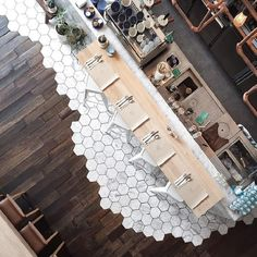 "marble meets wood floors ""beautiful design, friendliest staff + delicious coffee (and that tile )// - Bathroom Flooring Design Hotel, Küchen Design, Floor Design, Design Ideas, Deco Restaurant, Restaurant Design, Open Kitchen Restaurant, Restaurant Bathroom, Cafe Interior"