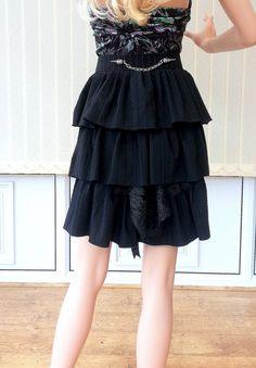 Black Bustle Belt,black lace skirt belt,ruffles belt.victorian inspired bustle skirt,Bird Skull charms,Plague doctor,steampunk skirt belt
