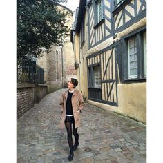 "30 mentions J'aime, 1 commentaires - Adeline (@adelinej56) sur Instagram : ""Rennes for few hours ❤️ @ludivinelf #rennes #bretagne #qualitytime"""