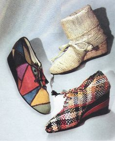 Cellofania and raffia shoes by Salvatore Ferragamo, PAPER FASHION, spring / summer 1941. #vintage #1940s #shoes