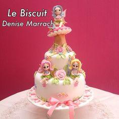 Bolo cenográfico Jardim das Fadas todo em biscuit e modelado à mão por Le Biscuit Denise Marrach Contatos; denisemarrach@hotmail.com 19-99763-9570 e 19-99602-8897