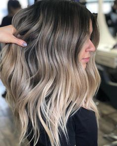 Ombre Let it be . Beige Colourist Stylist Alpingo Balayage , Let it be . Beige Colourist Stylist Let it be . Ombre Hair Color, Hair Color Balayage, Brown Hair Colors, Beige Hair Color, Balayage Beige, Fall Balayage, Honey Balayage, Hair Colours, Brown Hair With Highlights And Lowlights