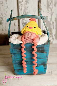 pdf crochet pattern( how to tutorial) baby chick