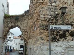 """#Jaén - #Siles - Arco de la Malena - 38º 23' 10"""" -2º 34' 52"""" / 38.386111, -2.581111  La Villa de Siles está situada a 826 metros de altitud, en el extremo más Nororiental de la Sierra de Segura y de la provincia de Jaén. Su municipio tiene una extensión de 175.87 km2 de los que 165.66 están incluidos en el Parque Natural de Cazorla, Segura y las villas y su censo actual ronda los 2.775 habitantes aproximadamente."""