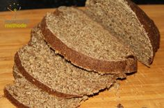 Whole grain spelled bread without yeast Homemade bread without yeast Whole grain. Spelt Bread, Whole Grain Bread, Homemade Bread Without Yeast, Candida Diet, How To Make Breakfast, How To Make Bread, Fodmap, Dairy Free, Breakfast Recipes