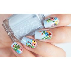 """Floral nails for today, for the cold winter and the end of the semester! ⛄️ I used """"lilacism"""" by essie Chile and acrylic paint for the details ☺️ Spring Nail Art, Nail Designs Spring, Spring Nails, Summer Nails, Nail Art Designs, Floral Designs, Nails Design, Fancy Nails, Diy Nails"""