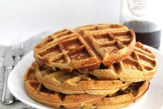 Looking for the Best Healthy Waffle Recipe? We Have 15